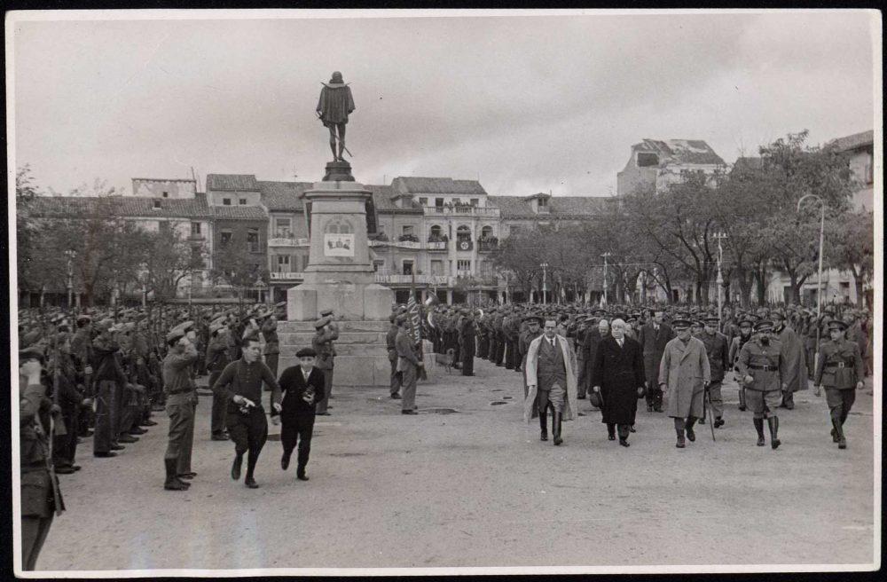 Alcalá en guerra – Visita de Manuel Azaña en 1937